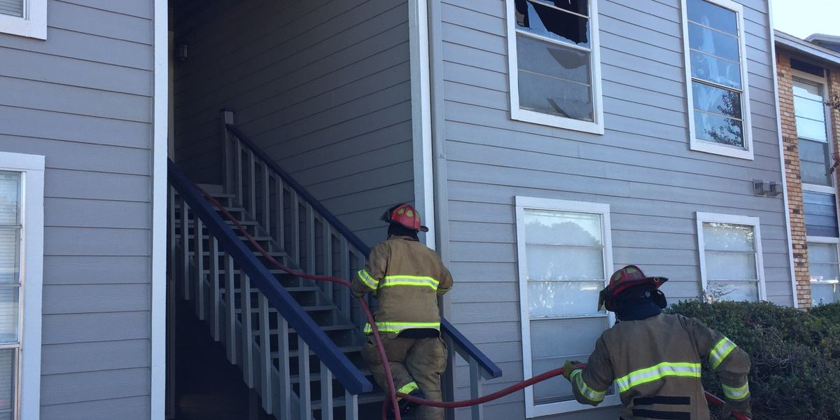 1 hospitalized after apartment complex fire