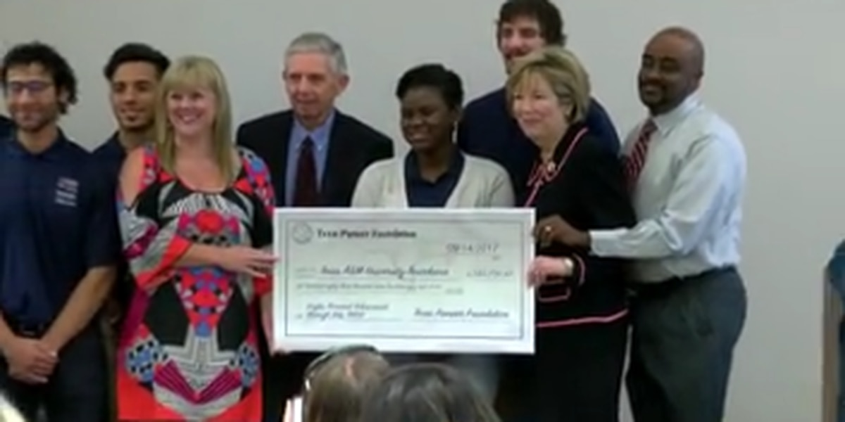 University receives donation to help students graduate