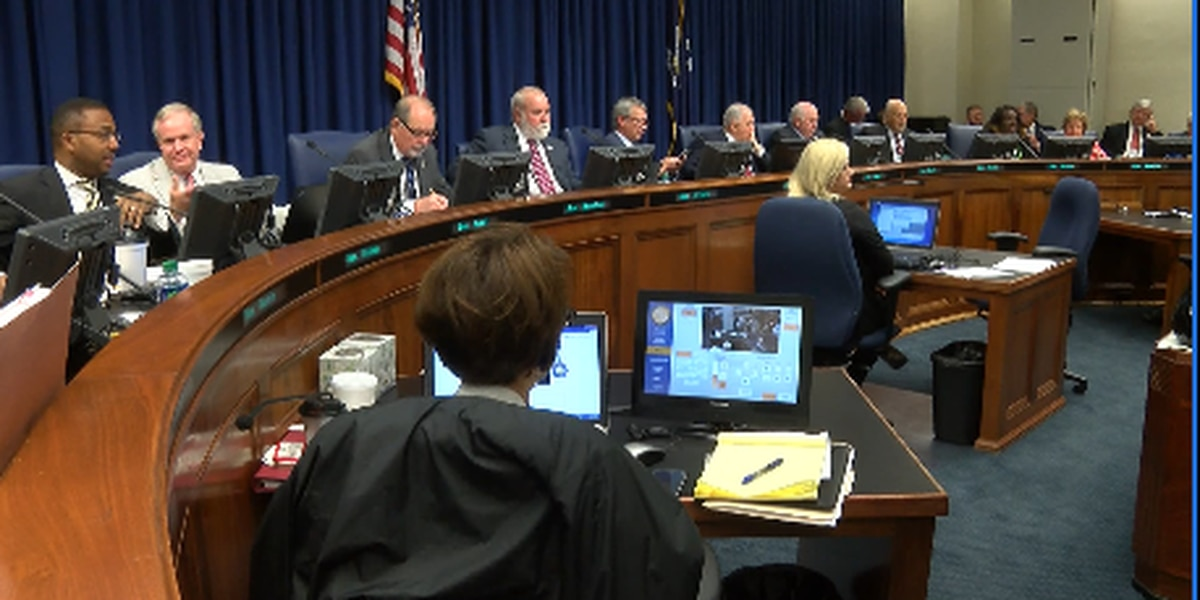 Lawmakers talk funding education as deadline looms to solve budget deficit