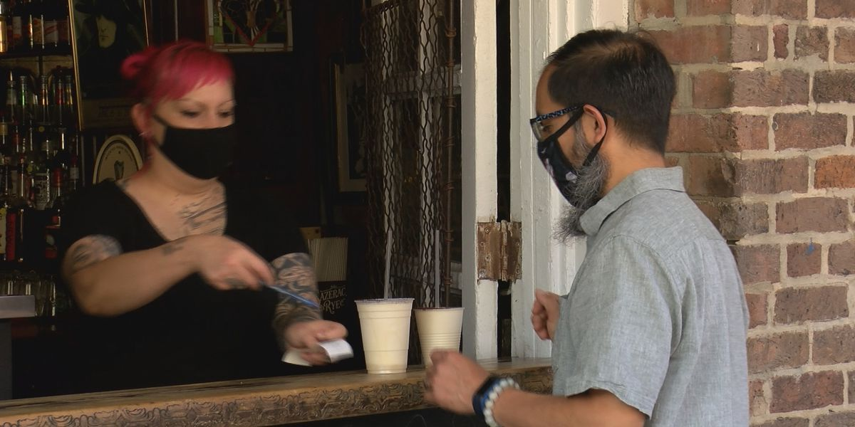 """""""I love it"""": Bars reopen under city's phase 3.1"""
