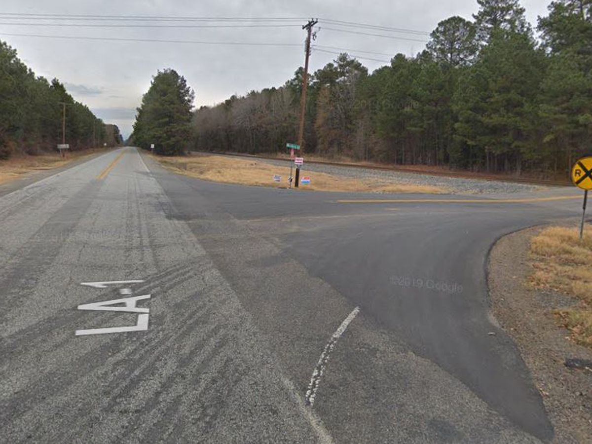 Man, woman hurt in motorcycle wreck in Caddo Parish