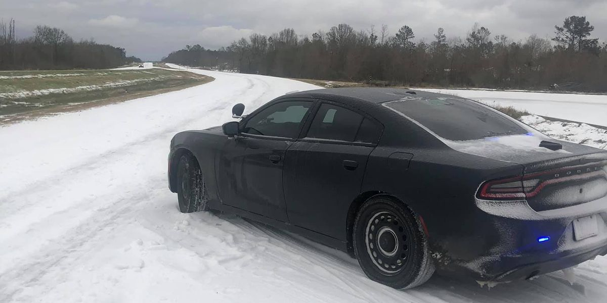 'Large majority' of Louisiana's roads remain impassable due to winter weather, State Police says