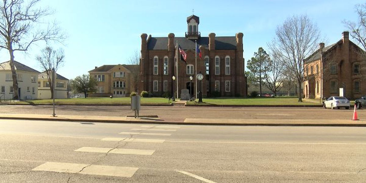 Center, Texas receives $350,000 downtown revitalization grant
