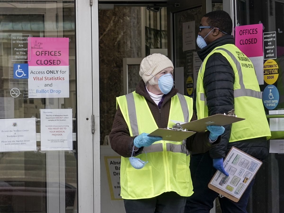 Pandemic politics: Wisconsin voting underway despite coronavirus