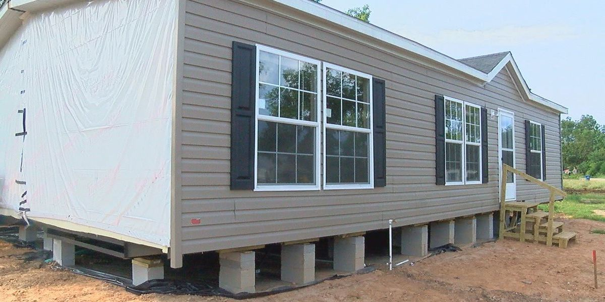Alto resident receives new house after losing her home during the tornado