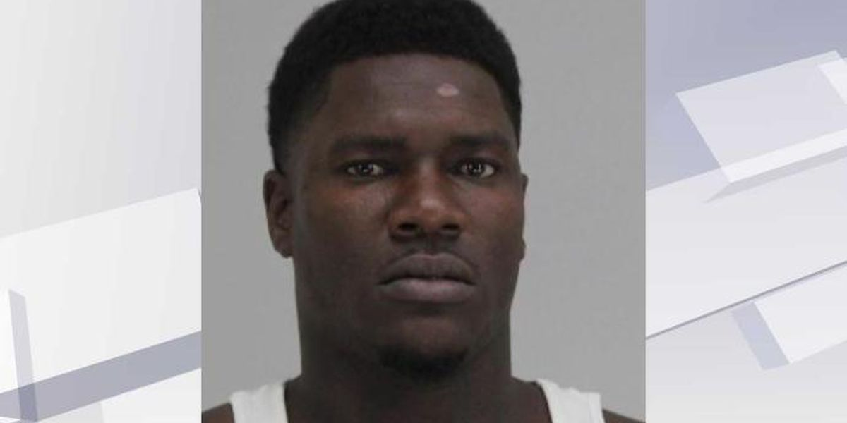Texas man offered $200 to beat transgender woman, police say