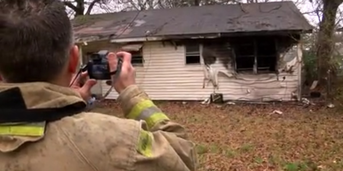 Mother, family escapes from fire that child apparently started