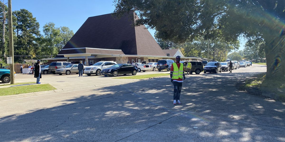 Church hands out food, clothes in Sunset Acres