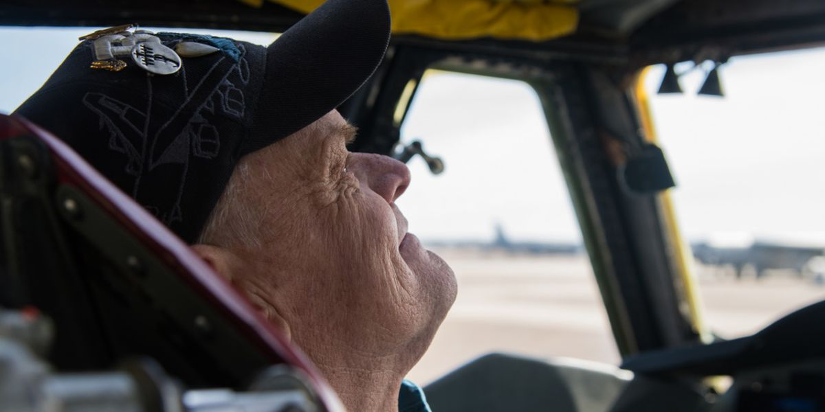 Retired B-52 crew chief reunites with his aircraft