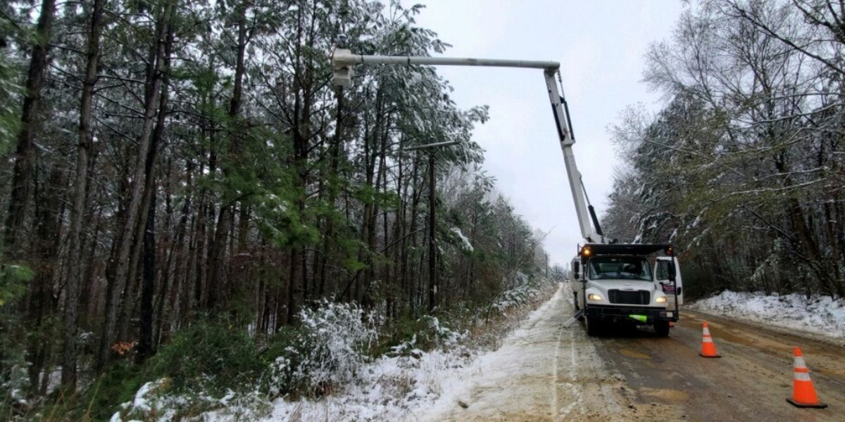 AEP-SWEPCO working to restore service to 6,008 customers who remain without electricity