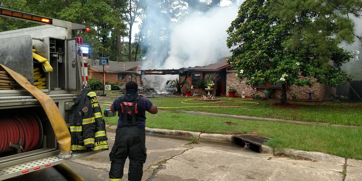 SFD puts out fire in subdivision; seven people safely exit home