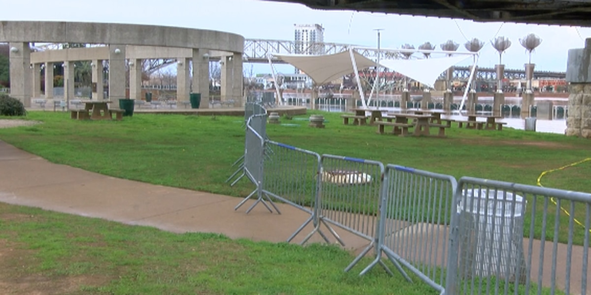 Cleanup of flood-damaged parks continues