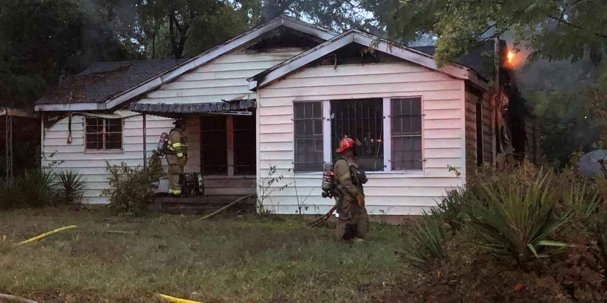 House fire displaces Shreveport family of 5