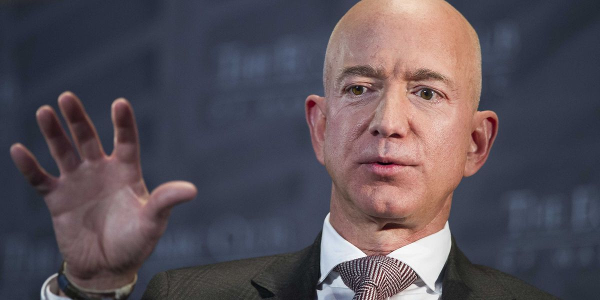 AP sources: Prosecutors probing Enquirer after Bezos report