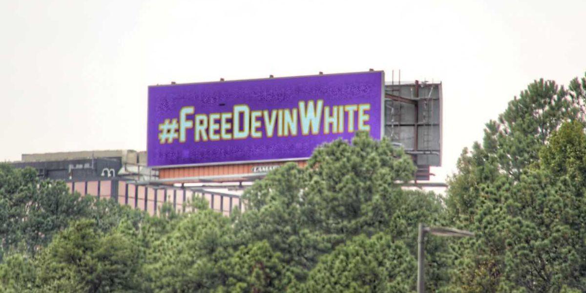 LSU fans purchase #FreeDevinWhite billboard in Birmingham