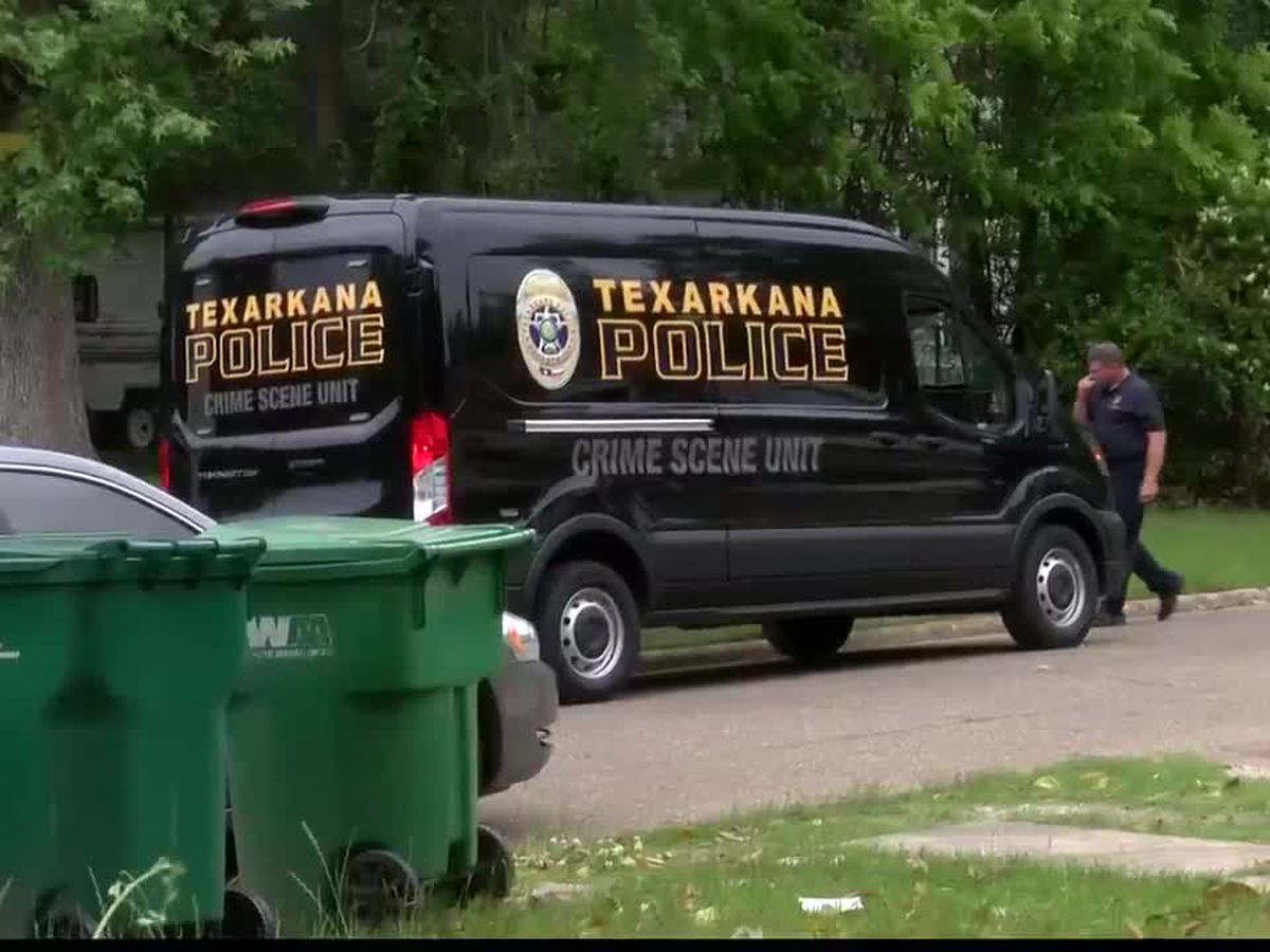 Large police presence in Texarkana has residents asking questions