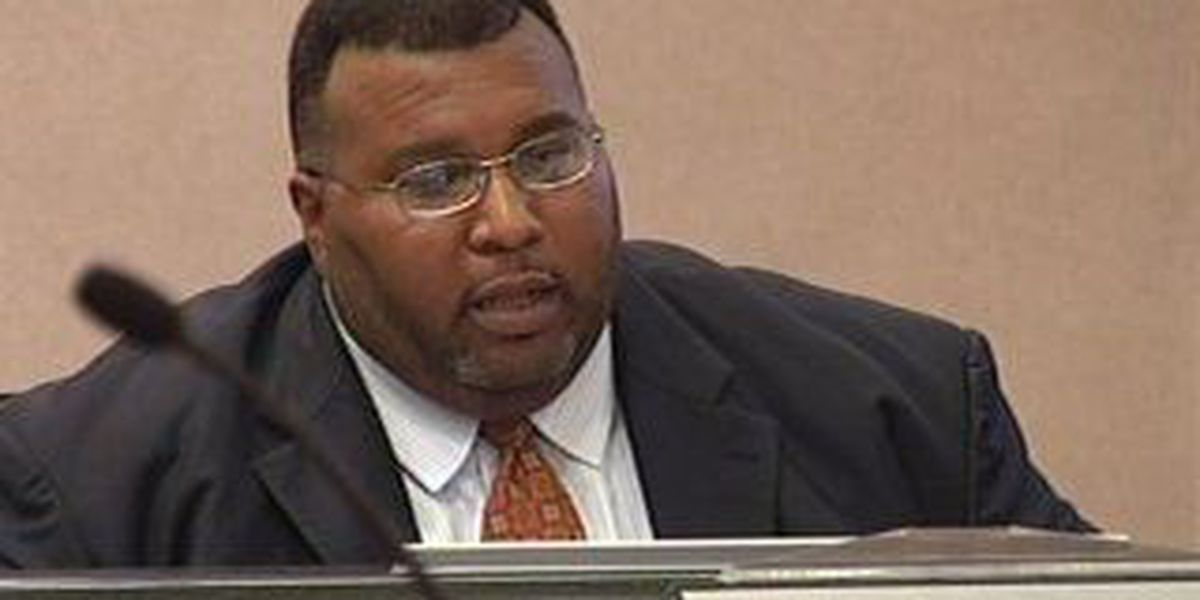 Shreveport mayor to host town hall meeting