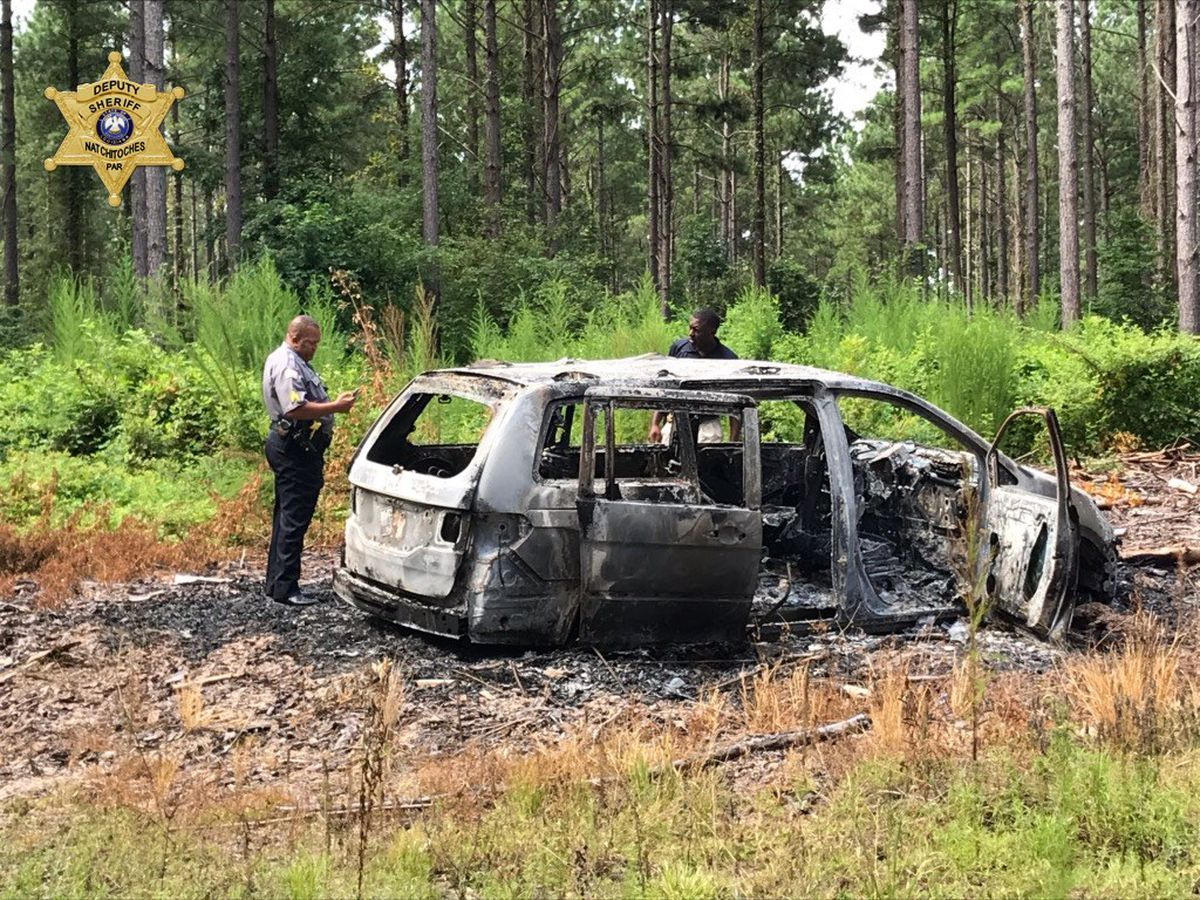 Landowner finds van torched in Natchitoches Parish