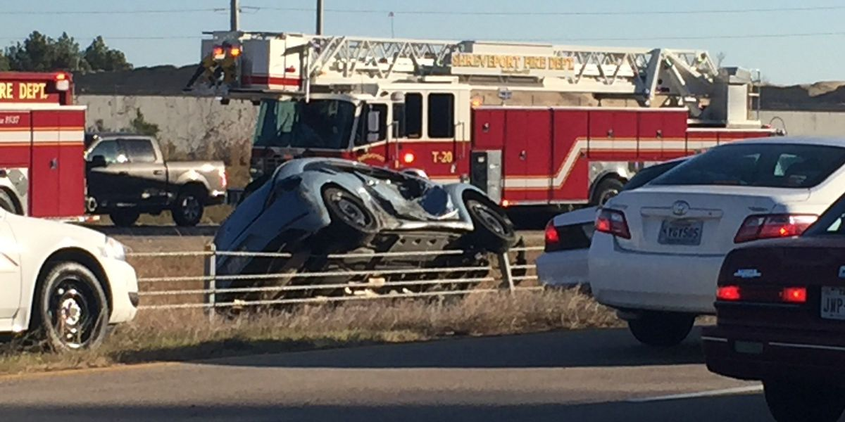 Rollover crash causes congestion on LA Highway 3132 east