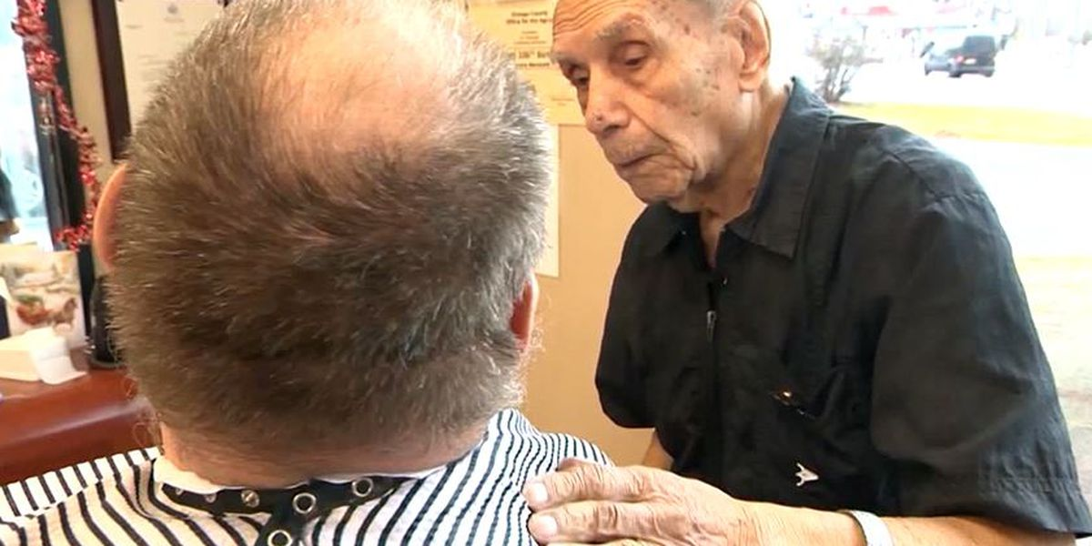 107-year-old NY man is the oldest working barber in the world