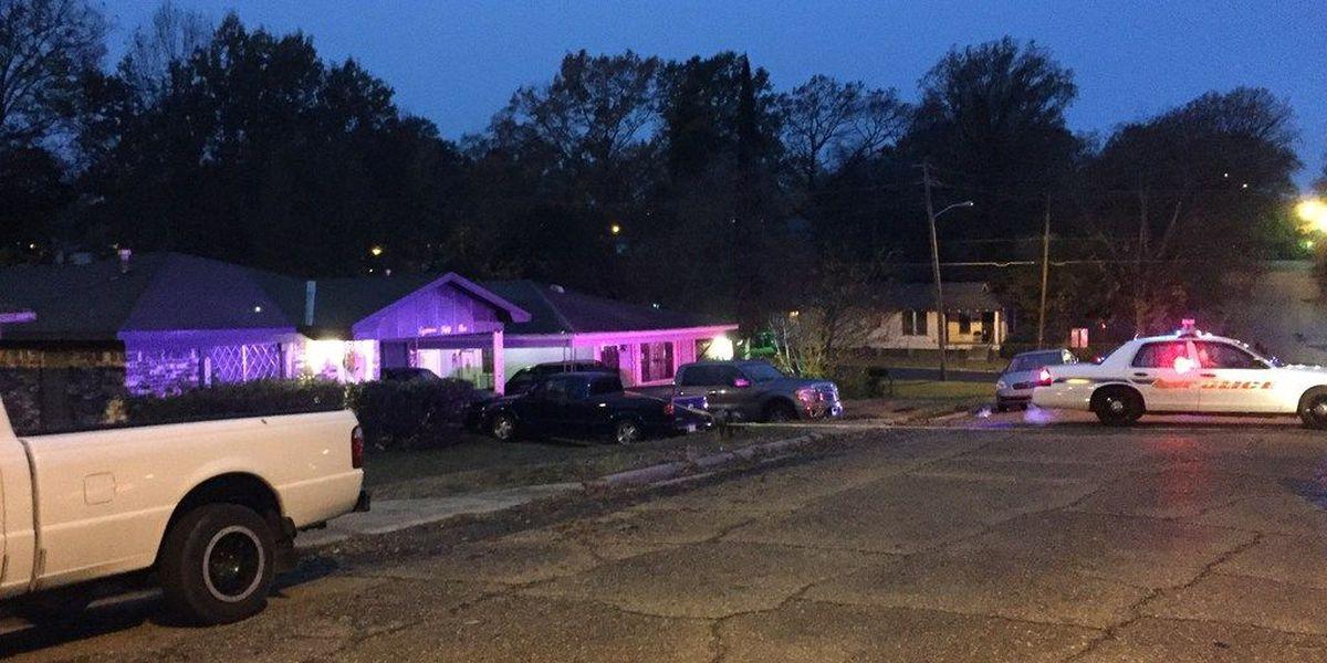 1 taken to the hospital in Shreveport shooting