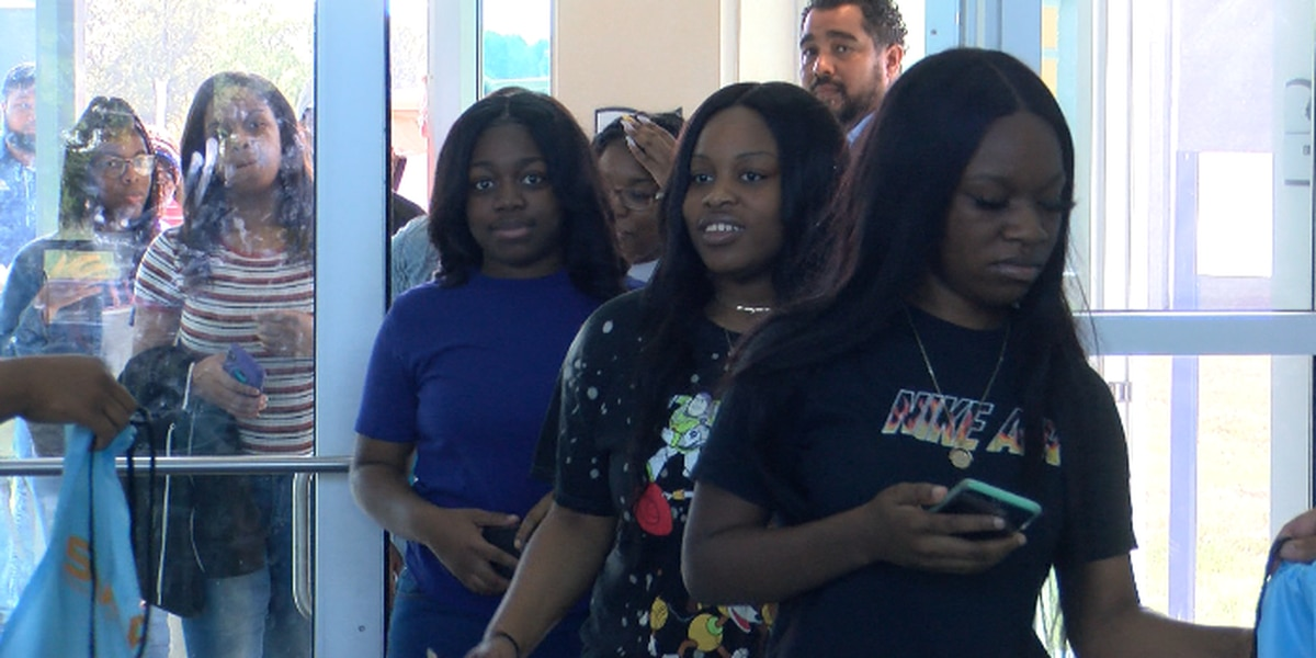 Eager students gather to learn more about the importance of college