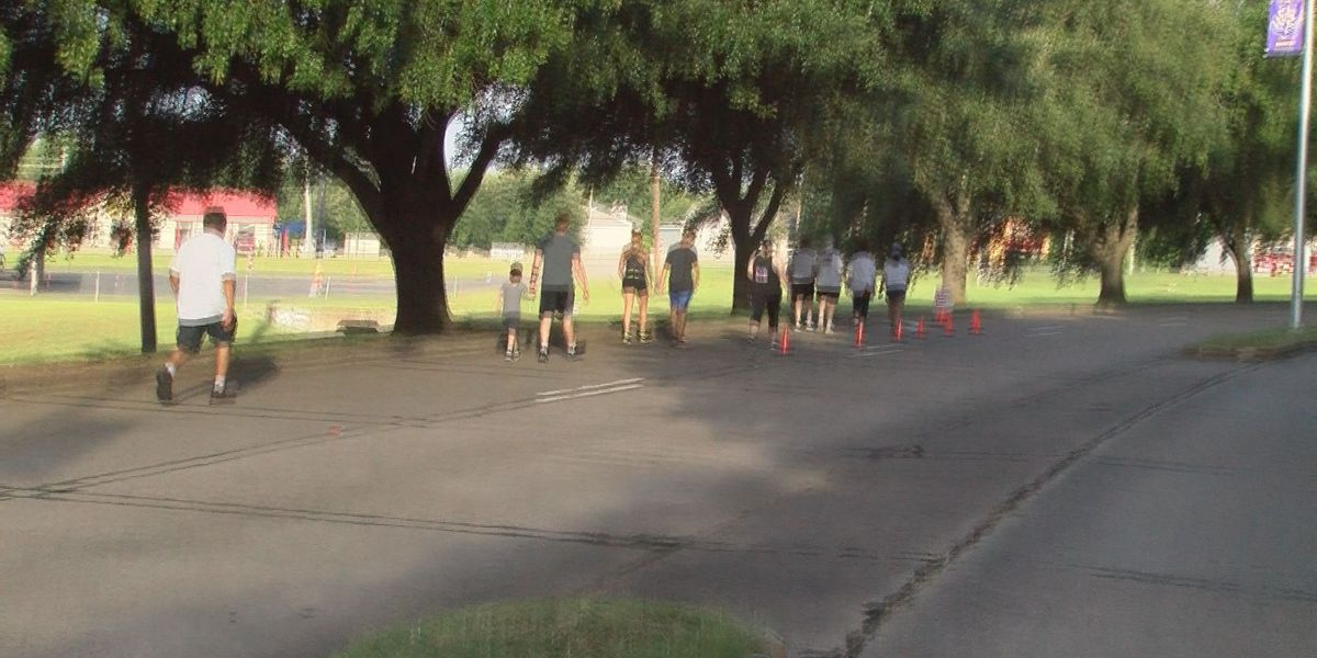 More than 100 run in the 4th annual Red River Balloon Rally 5K