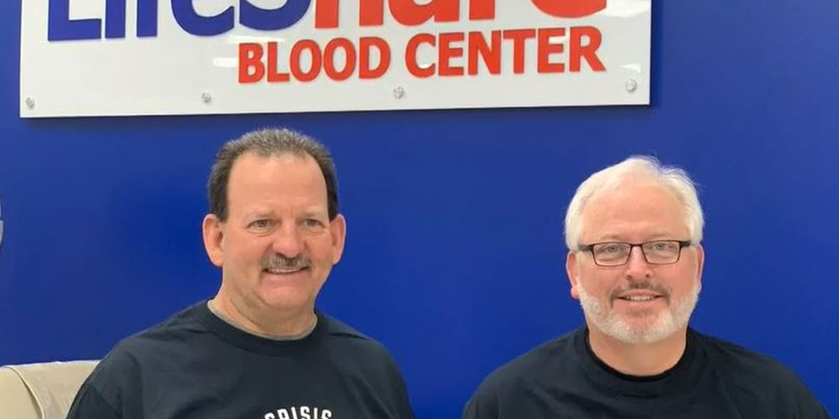 COVID-19 survivors give plasma to help others