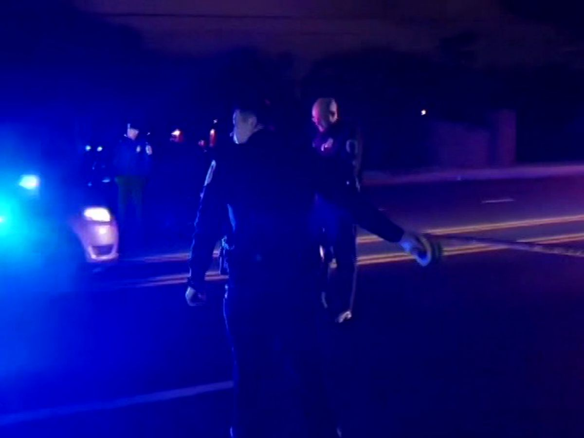 Police: Maryland officer fatally shoots handcuffed man in cruiser