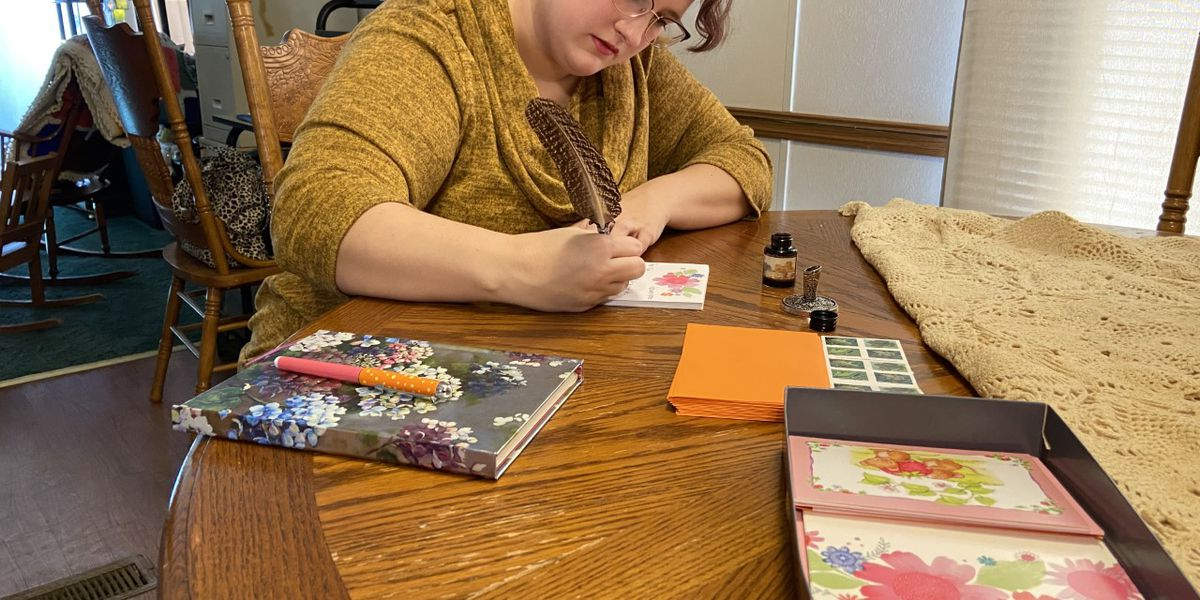 East Texan using handwritten letters to connect with community