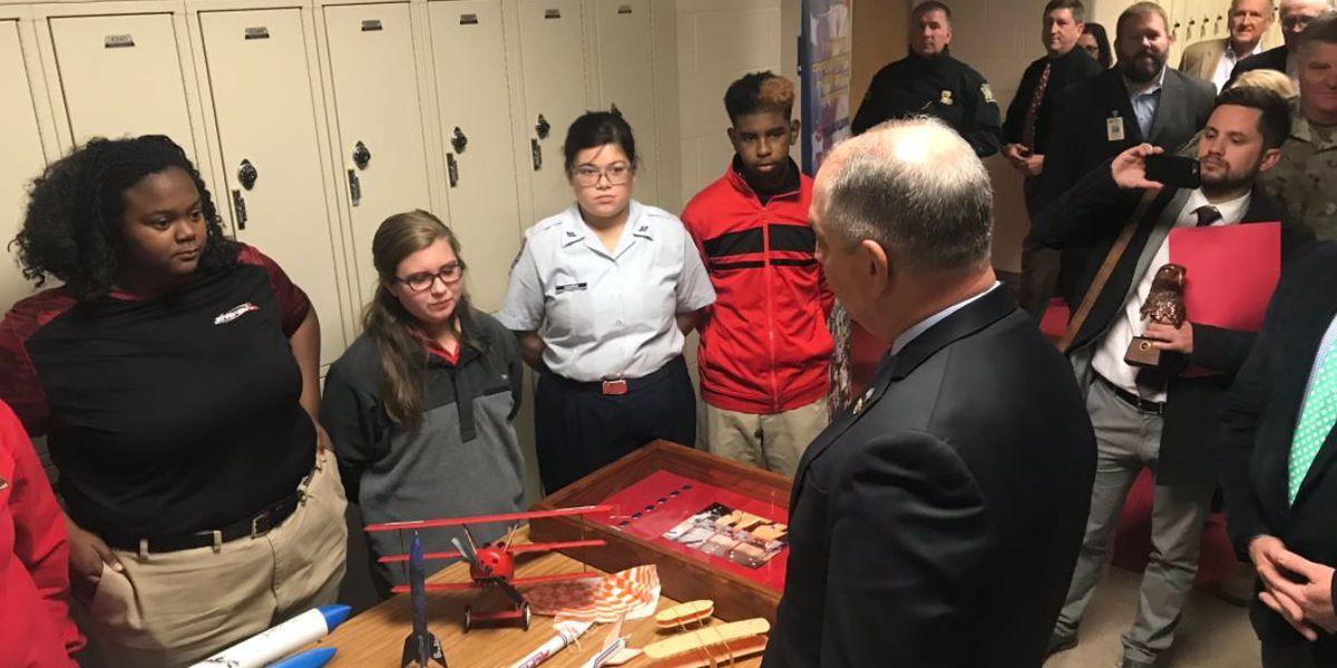 LA Gov. creates Cyber Security Commission, visits Parkway High School