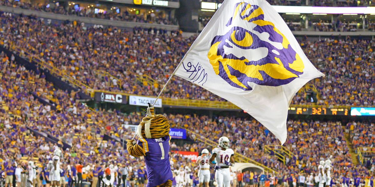 LSU vs Florida set to kickoff 'under the lights'