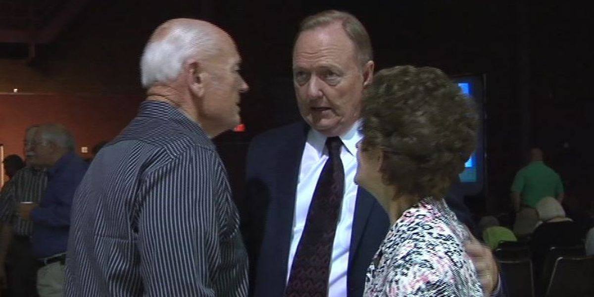 Former Bossier sheriff, 2 others indicted on federal charges in alleged vehicle purchase scheme