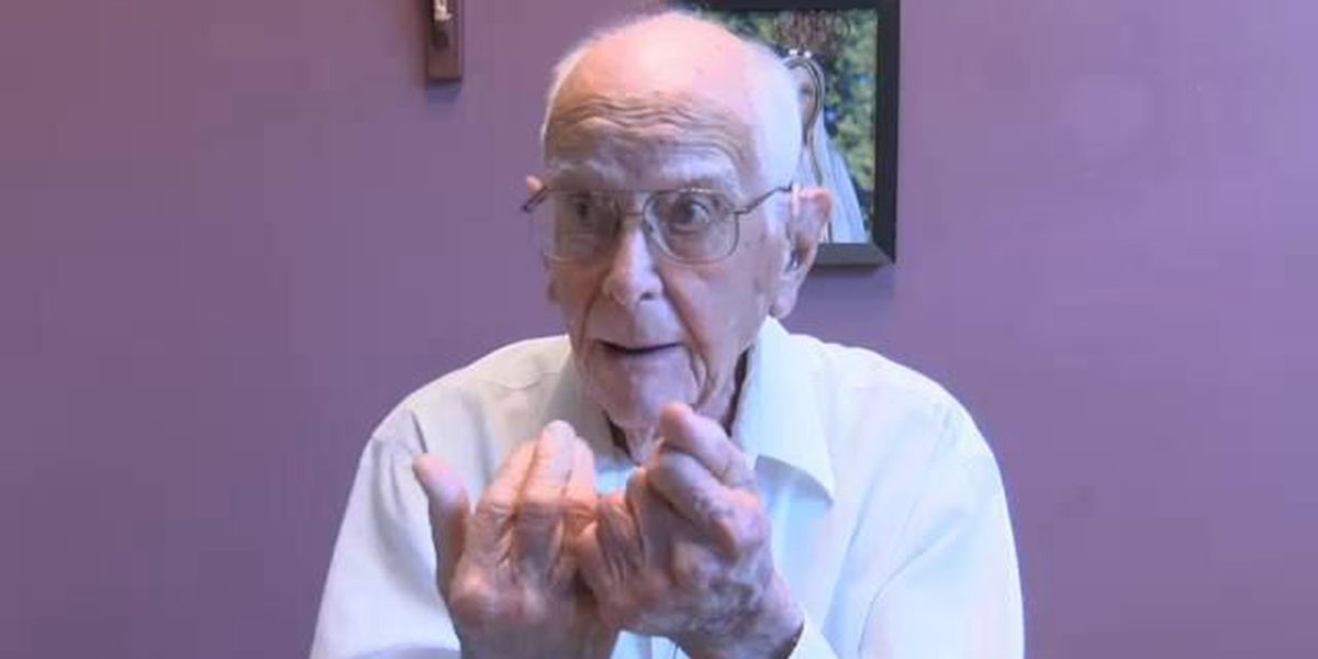 World War II veteran from DeSoto shares his heartwarming story