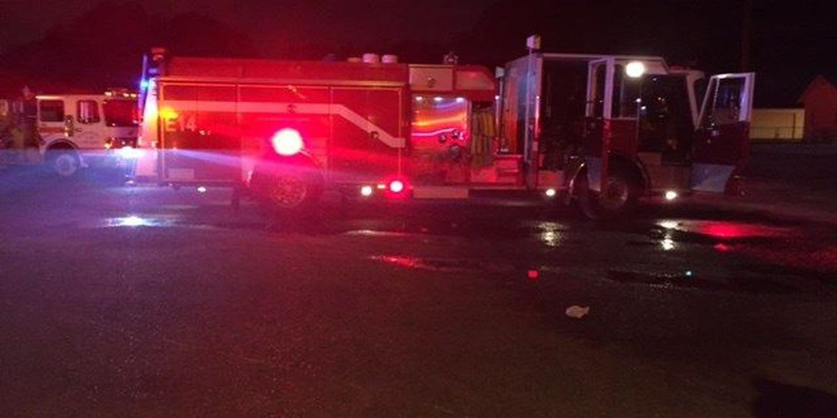 2 families displaced after apartment fire in west Shreveport
