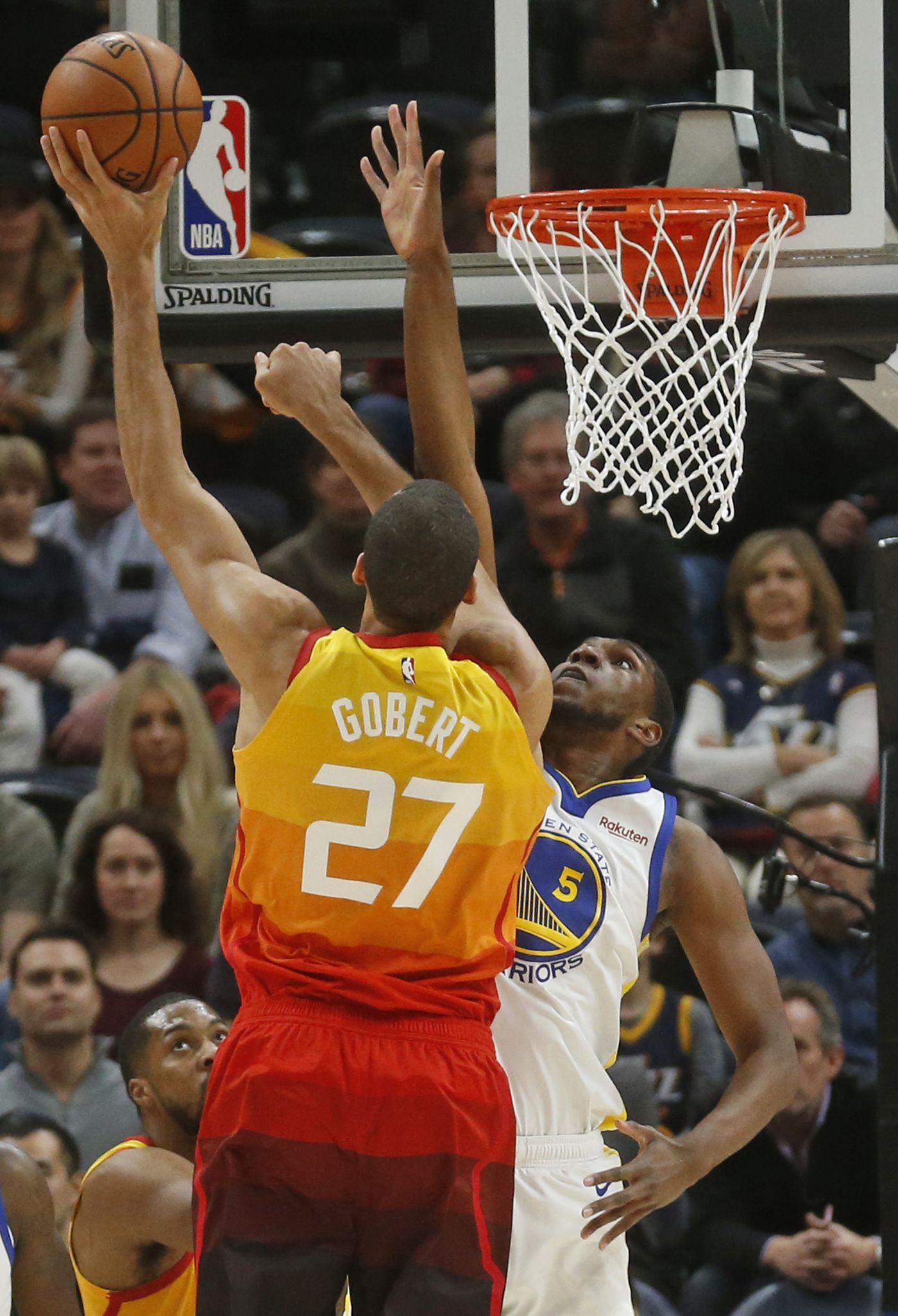 d236307f3b0 Utah Jazz center Rudy Gobert (27) shoots as Golden State Warriors forward  Kevon Looney