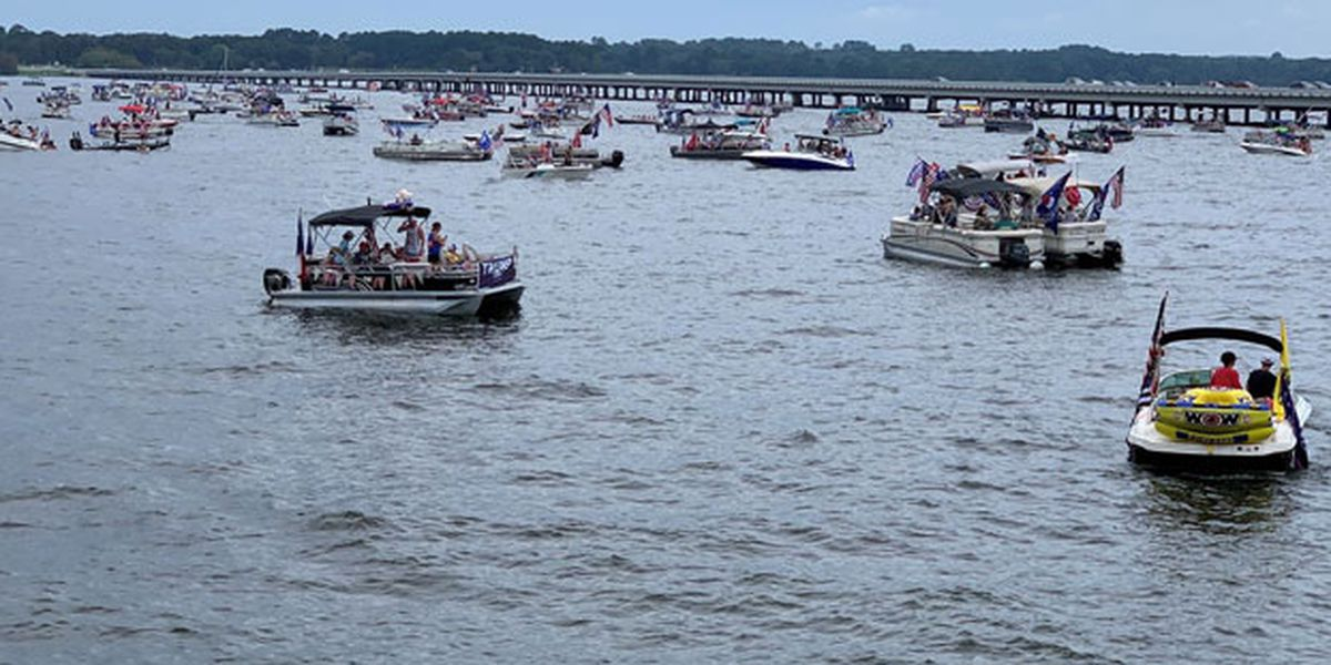 WEBXTRA: Boaters gather on Lake Palestine to support President Trump