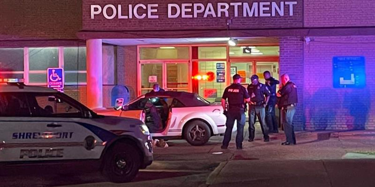 Two men in life-threatening condition after shooting; one found at SPD station, other on Rendall Street