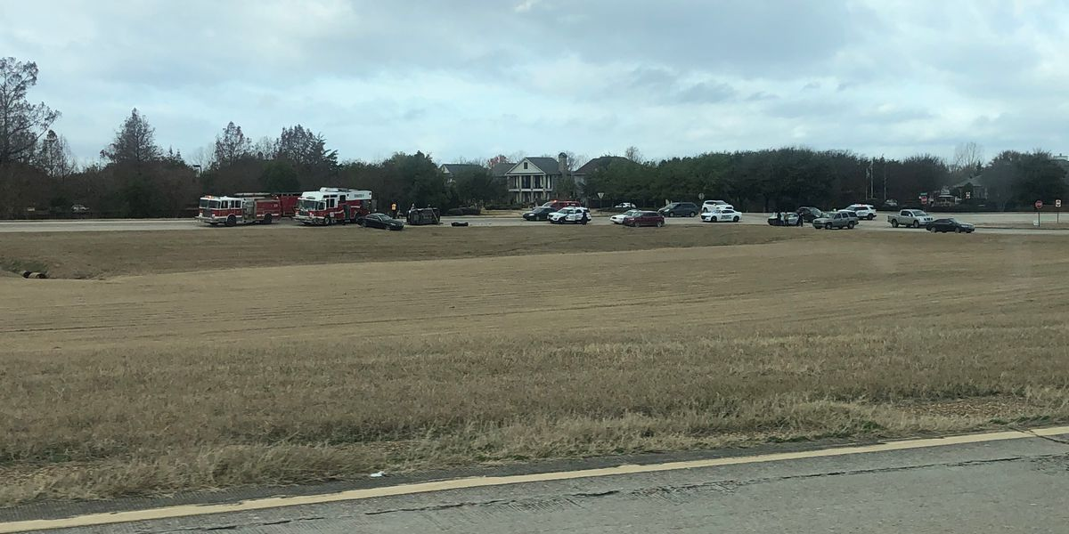 Crews respond to rollover wreck on Clyde Fant Memorial Parkway