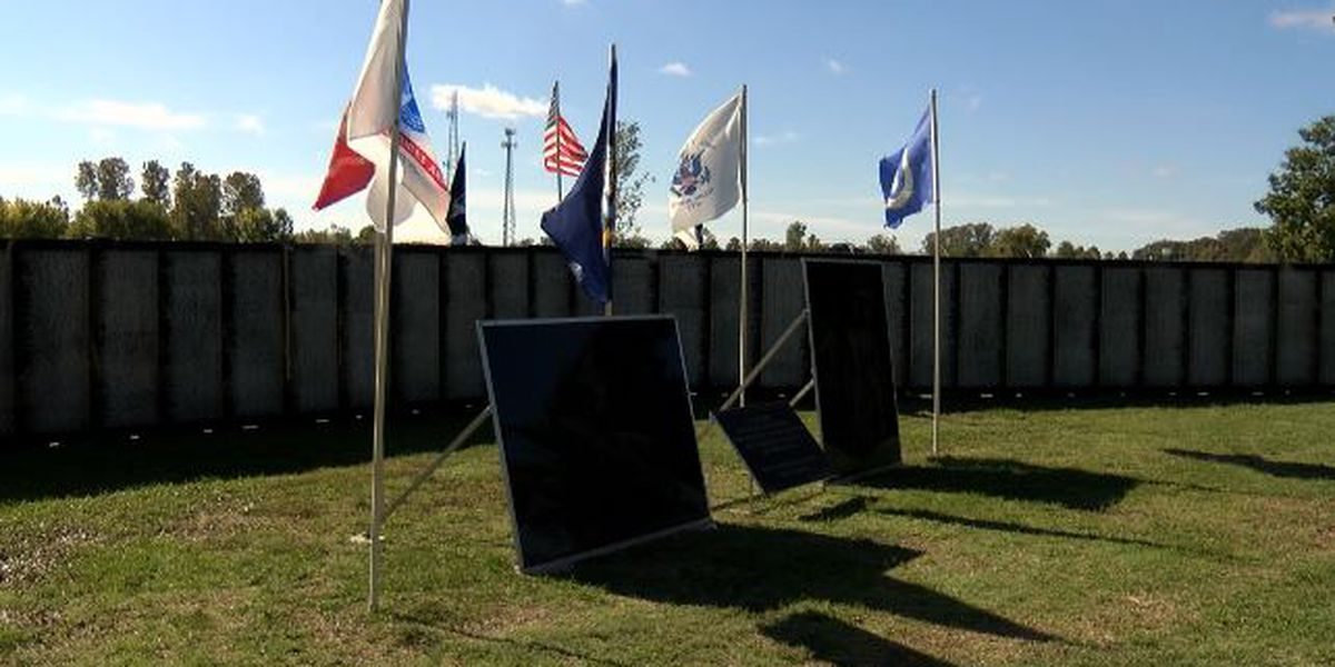 Vietnam Traveling Memorial Wall helps ArkLaTexans honor family members, friends they lost in the war